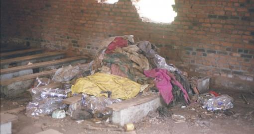 Ohne Leben, Kirche Ntarama 2002